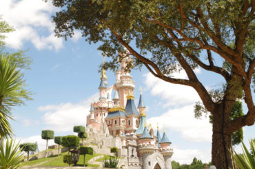 A picture of the disneyland castle.